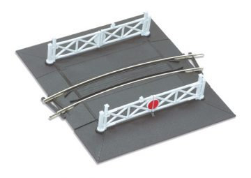 Curved Level Crossing
